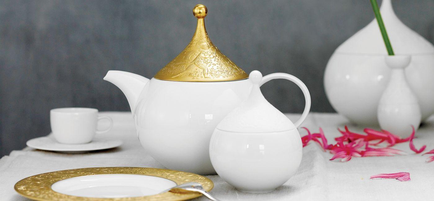 porcelanowa dzbanek do herbaty