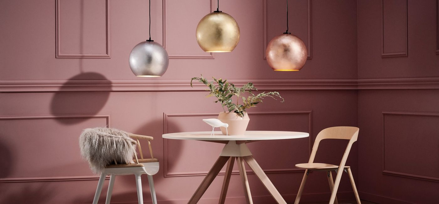 wiszące lampy nad stół do salonu i jadalni