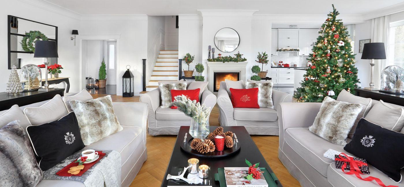 czerwono-srebrne dekoracje bozonarodzeniowe w stylu nowojorskim.jpg