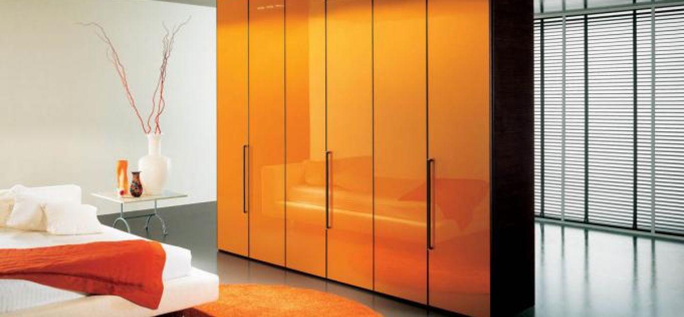 Garderobę od Dall Agnese można zamówić w różnych kolorach. Wymiary: 305 x 258 cm. Cena - ok. 11 000 zł. PATT MEBEL