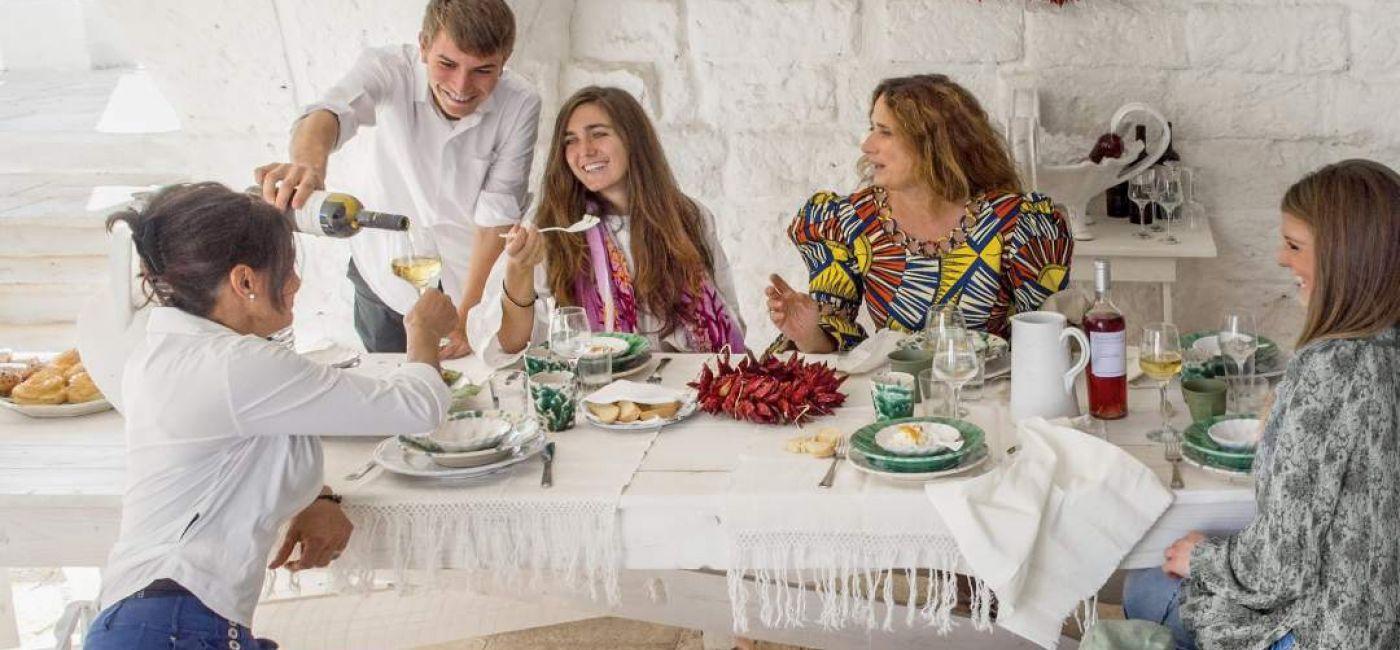 Maria Grazia z rodziną w swojej włoskiej restauracji