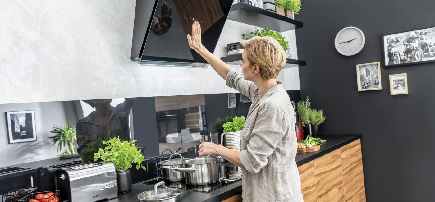 okapy-i-plyty-do-nowoczesnej-kuchni.jpg