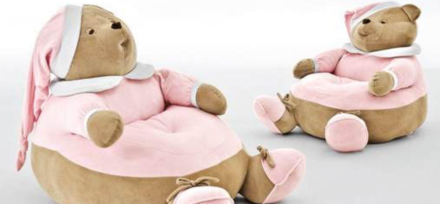 Puf NANAN PUCCIO to nie tylko element dekoracyjny pokoju dziecka, ale także świetna zabawka, na której maluch może skakać