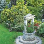 aranżacja ogrodu studnia