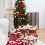 choinka świąteczna w domu