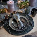 Dekoracja stołu na święta, aranżacja