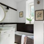 Do łazienek (w sumie dziewięciu) architektka wybrała płytki z firmy Marazzi i Cotto d-Este. Ceramikę m.in. marek: Azzurra i