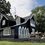Dom zaprojektowali architekci Tom Lundgard i Stig Marvits.