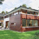 Modernistyczna willa w lesie