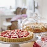 Formy na ciasta nie są tylko dekoracją, ale służą do przygotowywania słodkości.