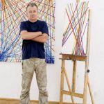 Jacek Ziemiński, artysta, malarz. Dom w pasy