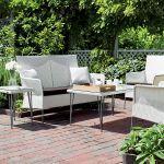 Kolekcja Orion cała w bieli. Ceny: sofa, 3978 zł fotel, 1950 zł stolik, 1871 zł, Decolor Home Garden