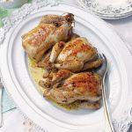 Kurczaki z nadzieniem ziołowym. Wiosenne przepisy