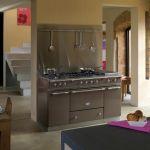 Lacanche: kolorowe kuchnie z długą tradycją