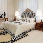 Neobarokowe łóżko Canova marki Zanaboni, ok. 16 100 euro z poduszkami i narzutą, Patt Mebel