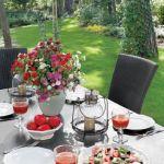 Ogród to dzieło architekta krajobrazu Roberta Nowickiego.