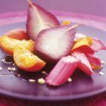 Rabarbar z gruszką i brzoskwinią w syropie.