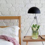 sypialnia w stylu skandynawskim kamień