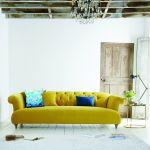 trendy jesień 2018 stylowa sofa z poduszkami