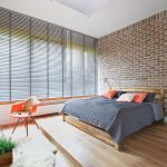 Sypialnia w nowoczesnej duńskiej aranżacji.