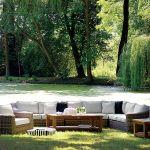 Zestaw wypoczynkowy Devon marki Miloo z fotelem (2350 zł) i sofą (cena modułu 1750 zł), House More