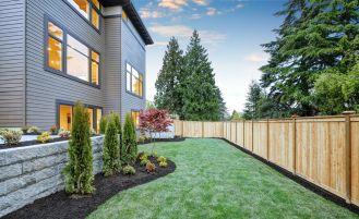 Ogrodzenie domu – co wybrać