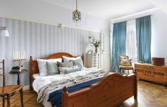 sypialnia urządzona antykami