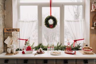 jak udekorować okno na święta bożego narodzenia