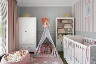 różowo szary pokój dziewczynki