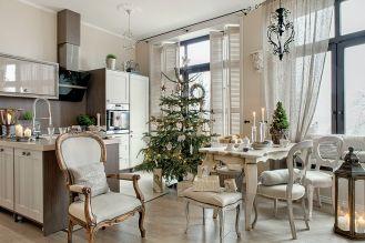 Świąteczne dekoracje we francuskim stylu. Zamiast czerwieni i zieleni, beże i szarości.