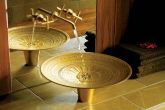 Umywalka Kamala zrobiona jest z brązu. Średnica - 50 cm. Cena - 14 500 zł. KOHLER
