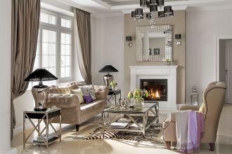 W salonach glamour najczęściej pojawiają się kryształowe żyrandole, na konsolach elegancko oprawione fotografie, a w