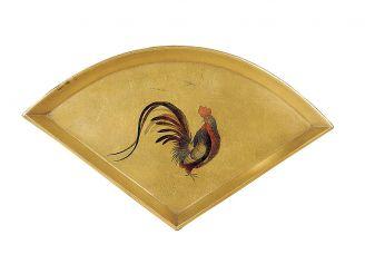 Tacka na słodycze w kształcie wachlarza ze złotej laki, okres Edo, XIX w.