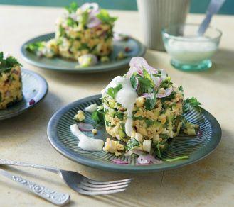 6 przepisów na lekki lunch z sałatą i pieczonymi warzywami