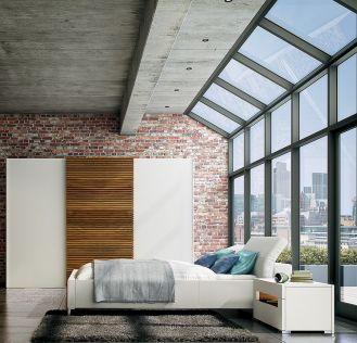 Elegancko i naturalnie – front szafy z serii Multiforma ozdobiony drewnianym panelem, od 11 0 zł, Hülsta,