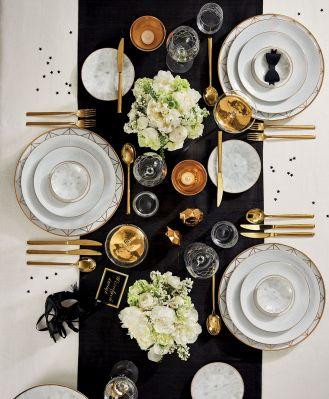stół wigilijny złote dekoracje