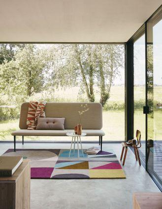 jak dopasować dywan do kanapy