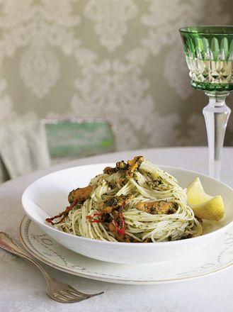 Spaghetti z bottargą. Pasta i basta