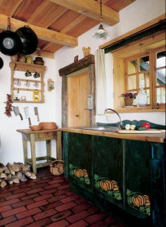 Freski na szafkach kuchennych. Ozdobna dynia