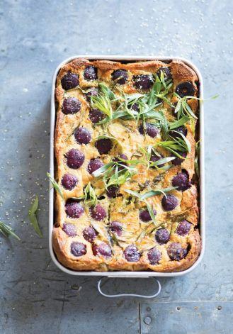 Ciasto bretońskie z wiśniami i estragonem