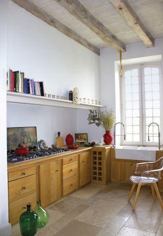 jak urządzić kuchnię w domu z wapienia