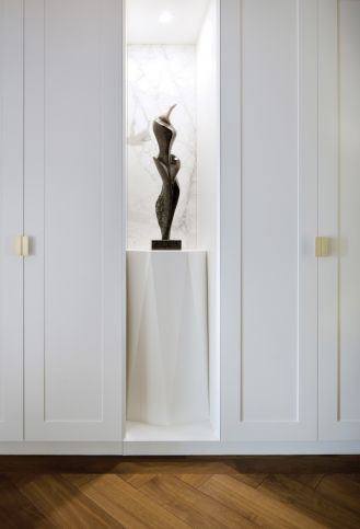mieszkanie urządzone dziełami sztuki