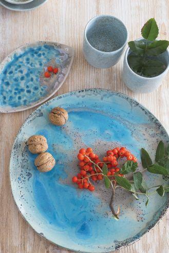 Kolorowa ceramika stołowa