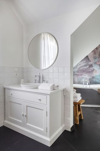 łazienka w stylu rustykalnym nowoczesnym