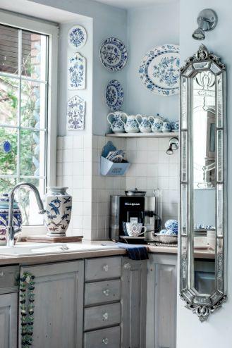 lustro w kuchni