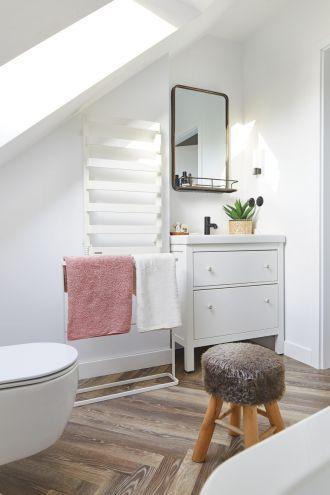 łazienka na poddaszu aranżacje