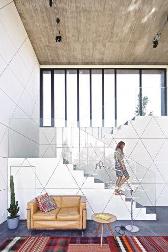 Nowoczesny dom, który łączy modernizm i azjatyckie fascynacje