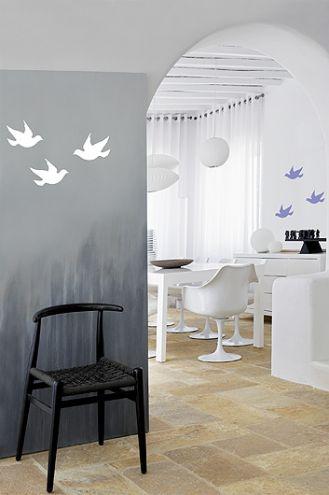 Wzór na ścianie. Gołąbki do malowania - szablon