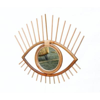lustro oko w stylu boho