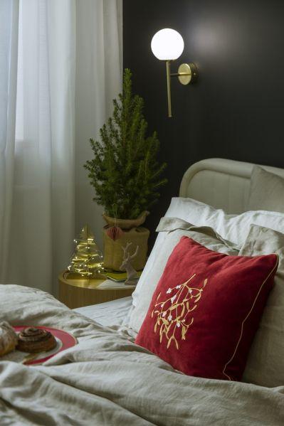 sypialnia urządzona polskim designem
